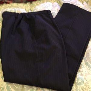 Sag Harbor women's career suit size 12/14.